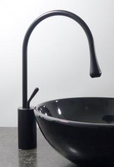 Hohe Design Armatur für 31cm Aufsatz Waschbecken schwarz